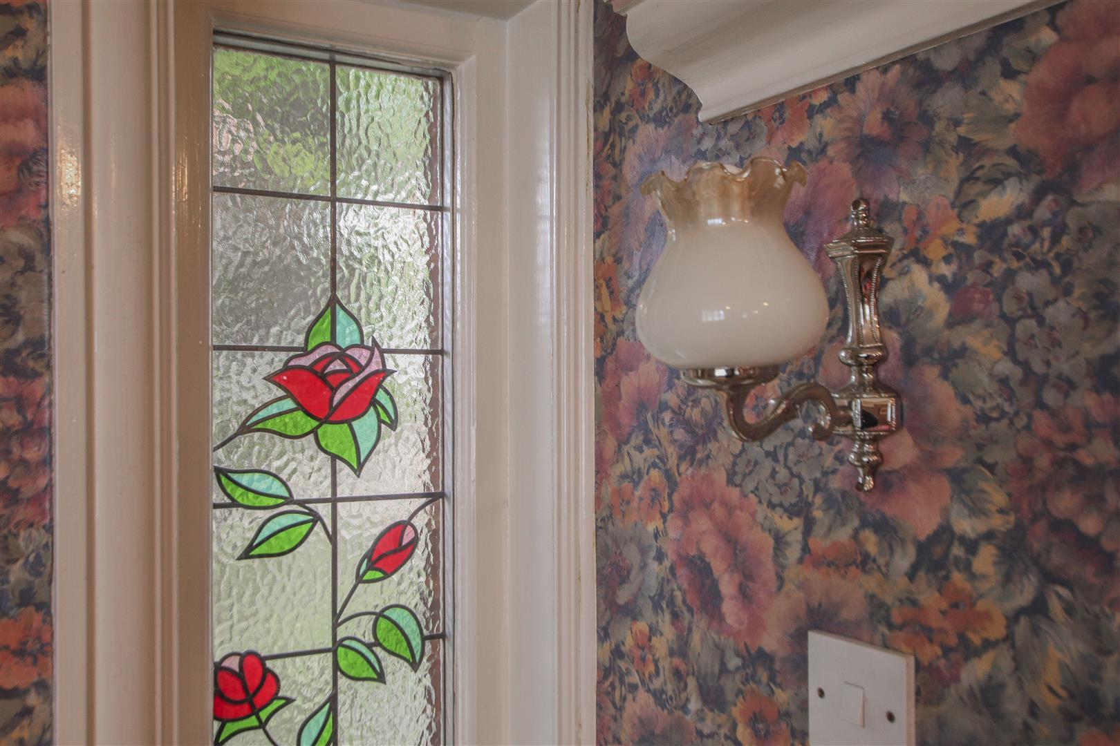 5 Bedroom Detached House For Sale - 37.JPG